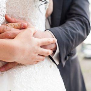 bride-groom-1050297_640